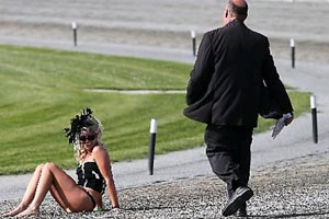 The mystery blonde streaker at the NZ Cup