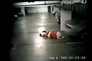 Drunk Santa caught on camera