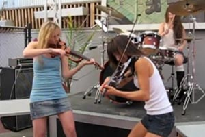 Chicks cover Toxicity by System Of A Down on violins