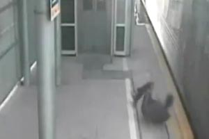 Teen with a death wish narrowly misses train