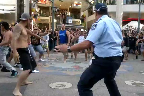 Cop joins in haka flash mob