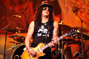 Slash: 'Randy Blythe indictment is waste of time'