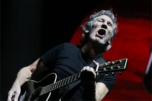 Roger Waters live at Vector Arena