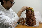 Man eats Whopper burger with 1050 pieces of bacon
