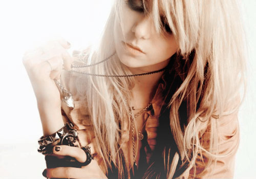 Taylor Momsen . . . of Pretty Reckless