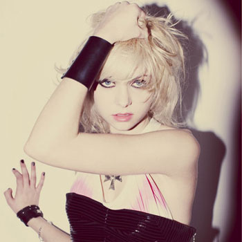 3.)  Taylor Momsen . . . of Pretty Reckless