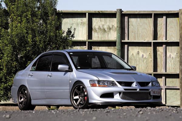 2003 Mitsubishi Lancer Evo VIII - Killer Watts