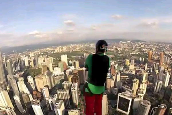 Basejumping is awesome