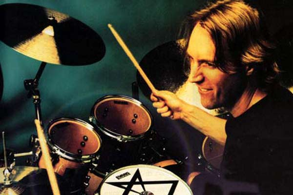 Tool's Danny Carey talks to Tracey