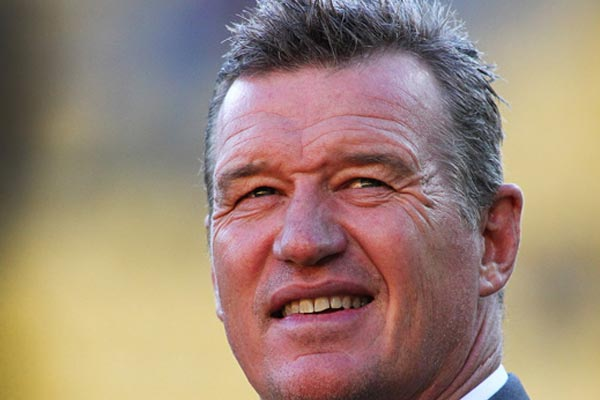Sir John Kirwan talks rugby