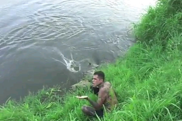 Photographer nearly gets taken out by a croc