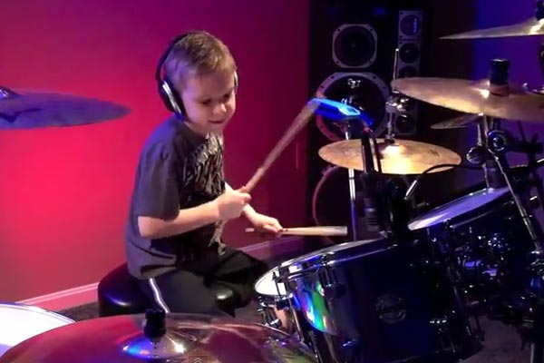6 year old drummer plays Hot For Teacher