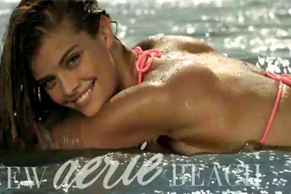 Nina Agdal splashing around