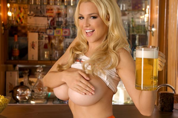 Jordan Carver's massive hooters