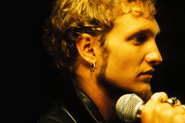Layne Staley's mother files lawsuit against Alice In Chains
