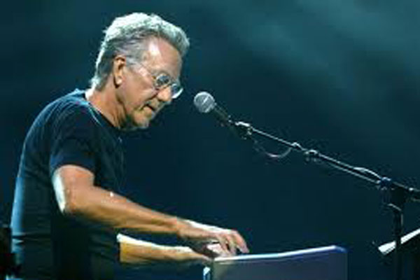 The Doors star Ray Manzarek dead at 74