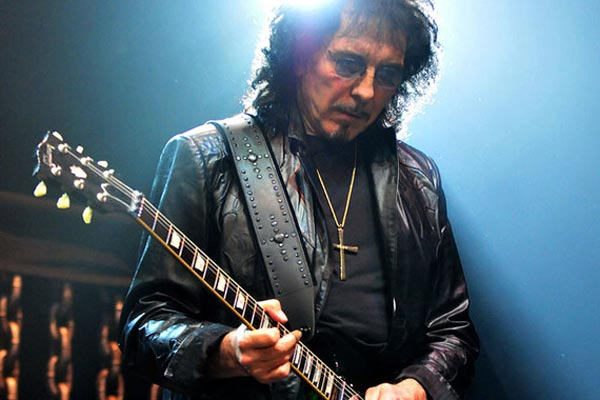 Tony Iommi gave up on Bill Ward negotiations after cancer diagnosis