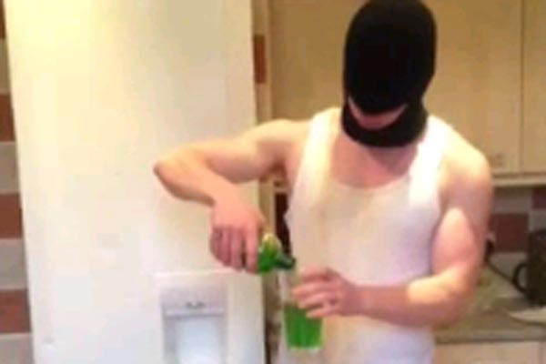 Guy downs loads of absinthe