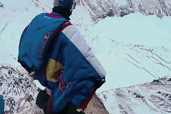 First Mount Everest base jump