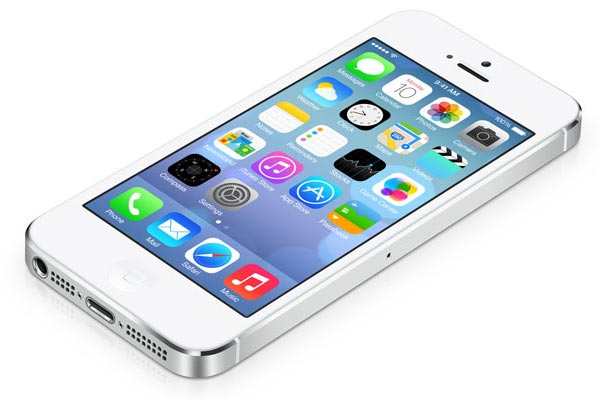 Apple adopts 'flat' look for iOS7