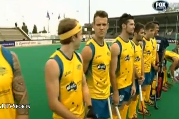 NZ national anthem plays for Aussie hockey team