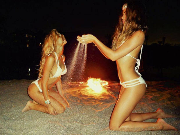 ERROR: Invalid tag %TITLE - I don't know the ritual but I'm more than willing to follow this white bikini cult.