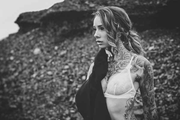 Rog's Babe of the Day - 25 November 2015 - Cleo Wattenstrom, LA based Swedish model & tattoo artist is a real piece of art.